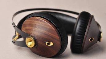 Meze 99 Classics Headphones Review - Audiostance