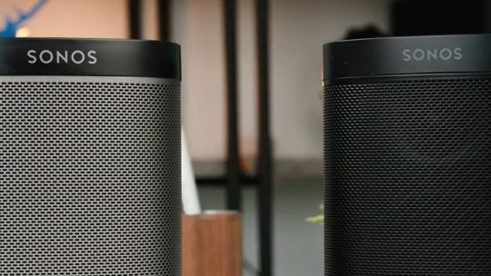 Sonos One vs Play 1 - Which is Best? 4