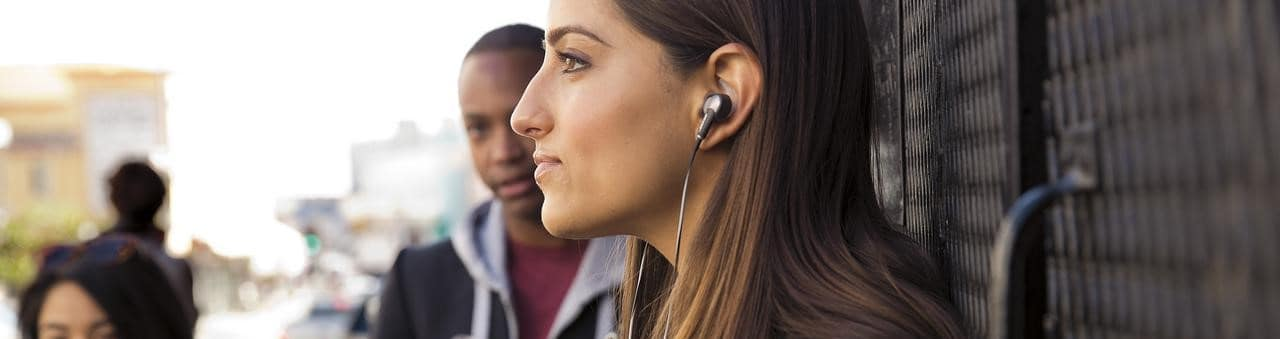 Best Noise Cancelling Earbuds - Outeraudio