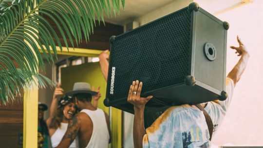 12 Loudest Bluetooth Speakers 14