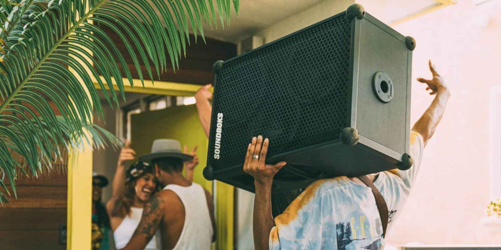 12 Loudest Bluetooth Speakers Of 2020 Large And Small