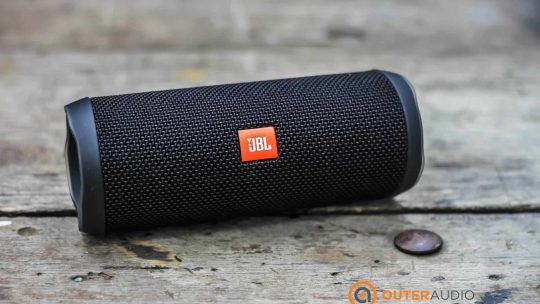 JBL Flip4 Best Bluetooh Speaker Under 100